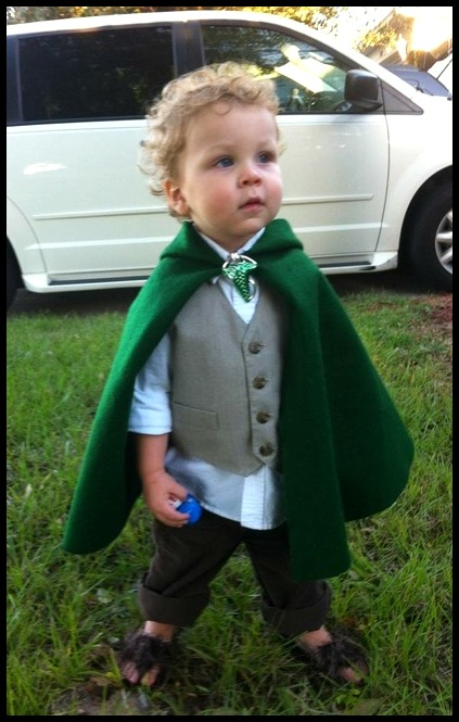 Hobbit-Halloween-costume-for-a-baby-or-toddler-via-Costume-Works.-