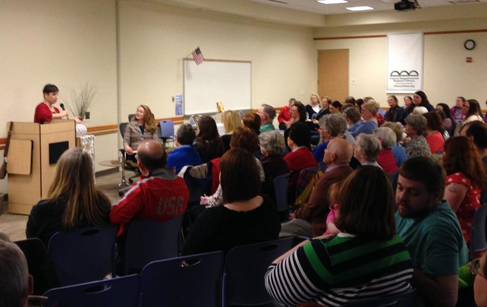 SusannaKearsley_2015_CRRL_crowd-view